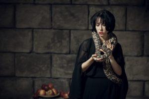 Ведьма Анаконда